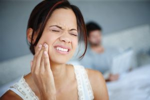 Avoid having to visit your emergency dentist in 76123 with these 5 tips.